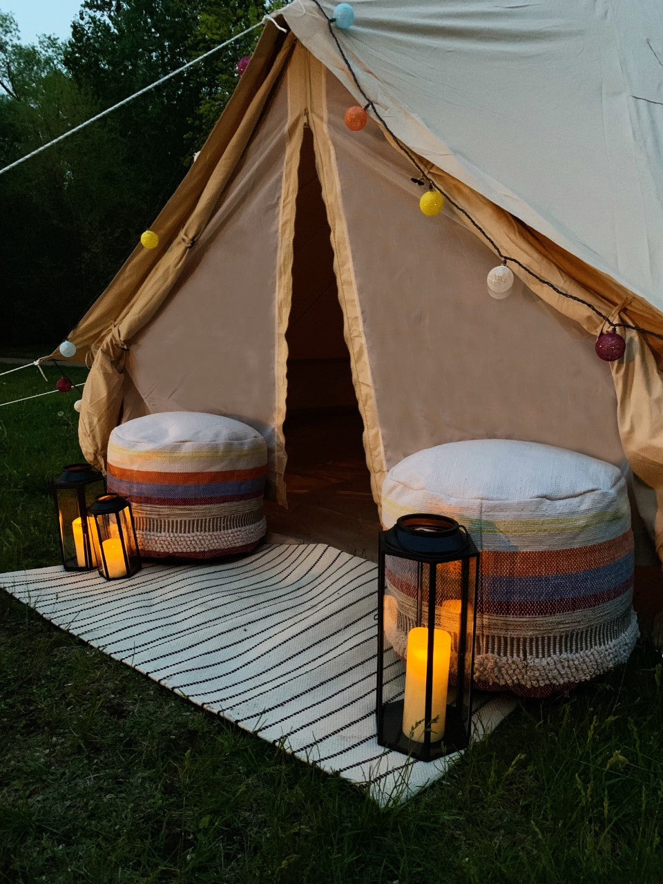 Deluxe Tent Lounges