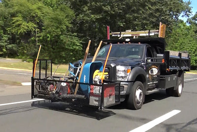 Quick-E-Plow Mount Organizer on a Ford F-550 with the Quick-E-Mounted Head Rack