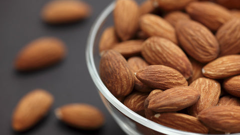 almonds, raw almonds, healthy nuts, healthy snack