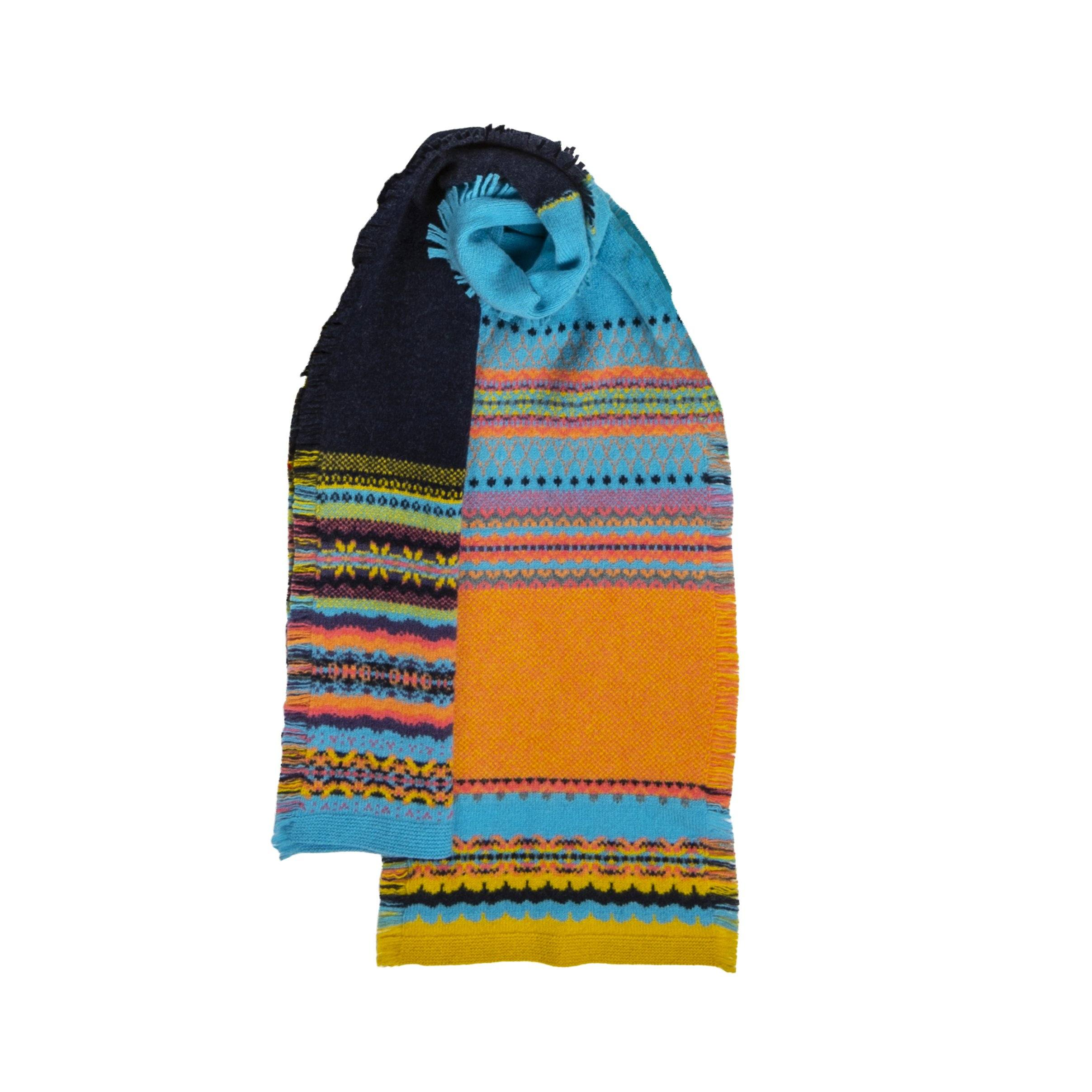 Fairisle Knit Fringed Scarf (Moonflower)