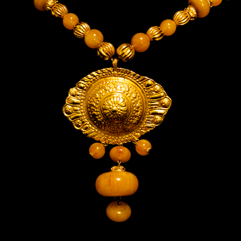 Kenneth Jay Lane 1960's Faux Amber and Gold Gilt Shell Necklace