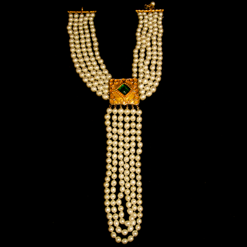 Isabelle Canovas Pearl with gold gilt and pate de verre faux emerald necklace