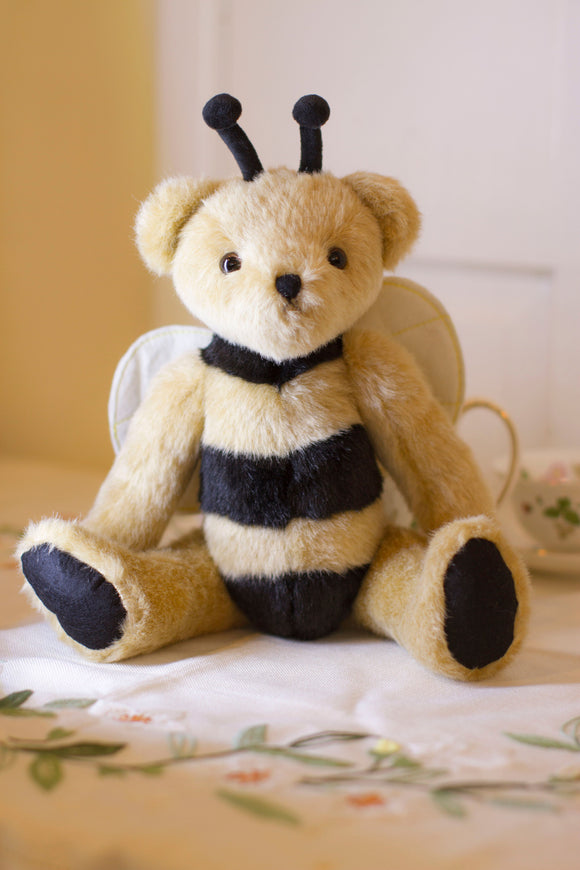 Old fashioned Bear Bee