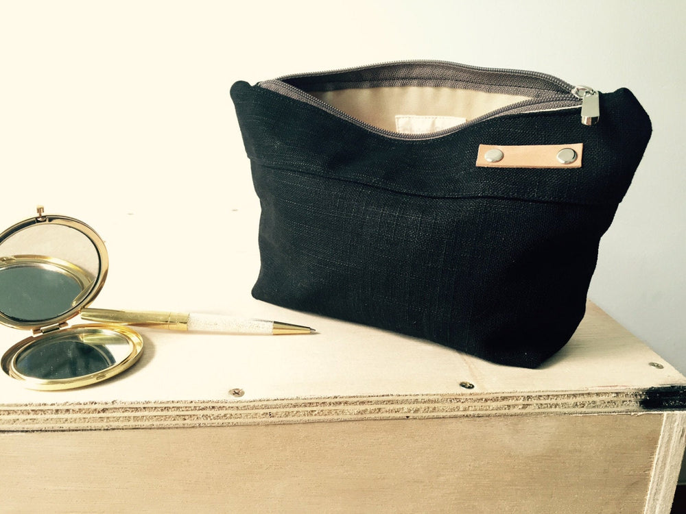 KELLY Cosmetic Pouch/ BLACK