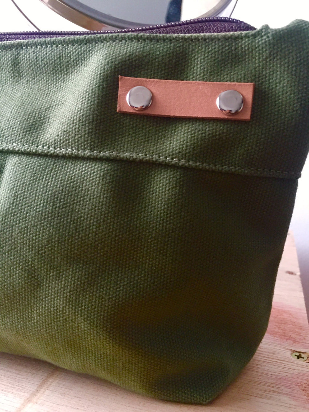 KELLY Cosmetic Pouch/ SMOKE GREEN