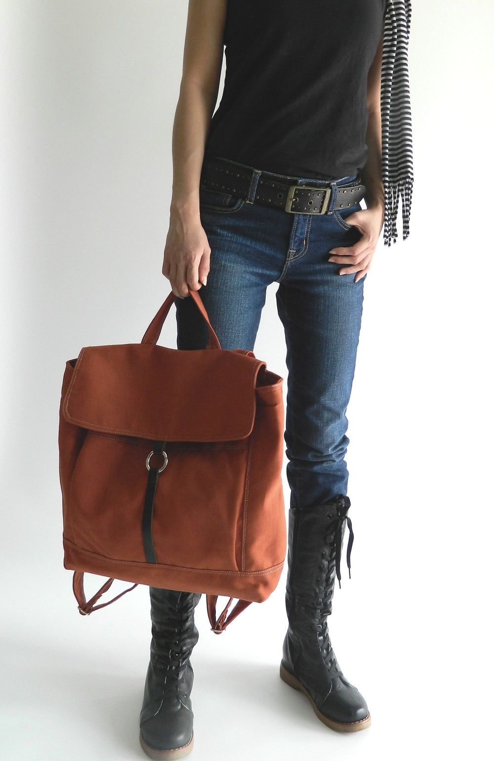 TANYA 102 Backpack/ BRICK RED