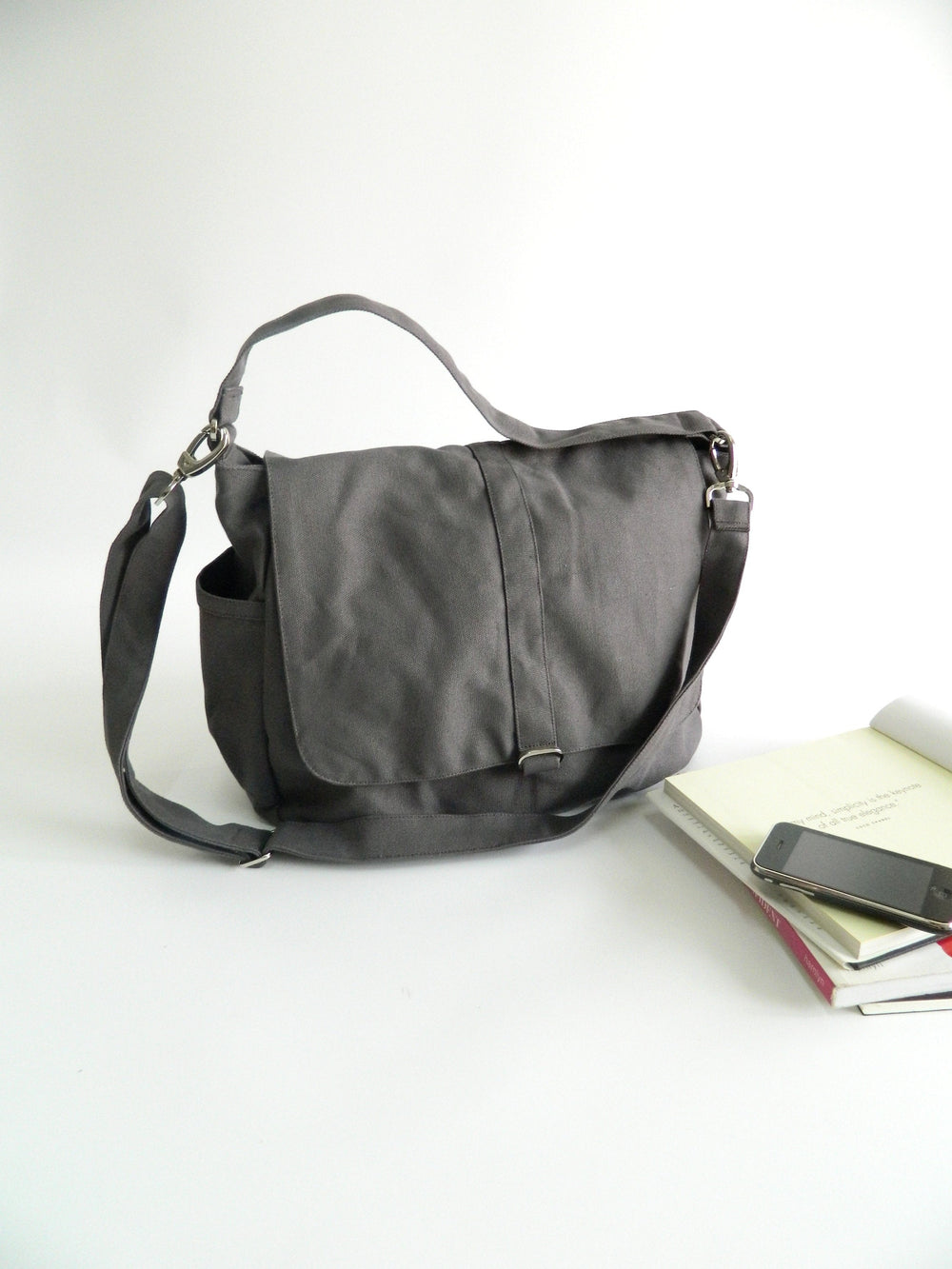 DANIEL 18 Messenger Bag/ GRAY