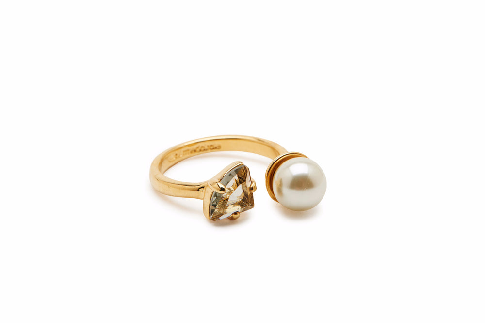 Pearl and Stone Ring - Charmed Circle