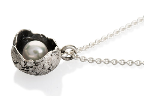 Waterlily Necklace Silver Pearl Large