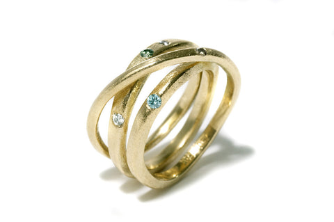 Kaprifol Ring Triple Gold Diamonds