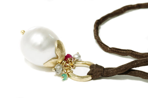 Silk Necklace Gold South Sea Pearl