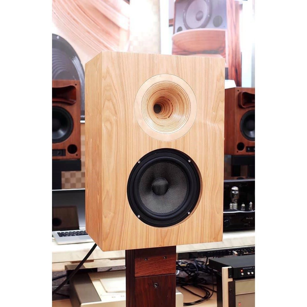 LALS Classical 8EX Bookshelf Speakers