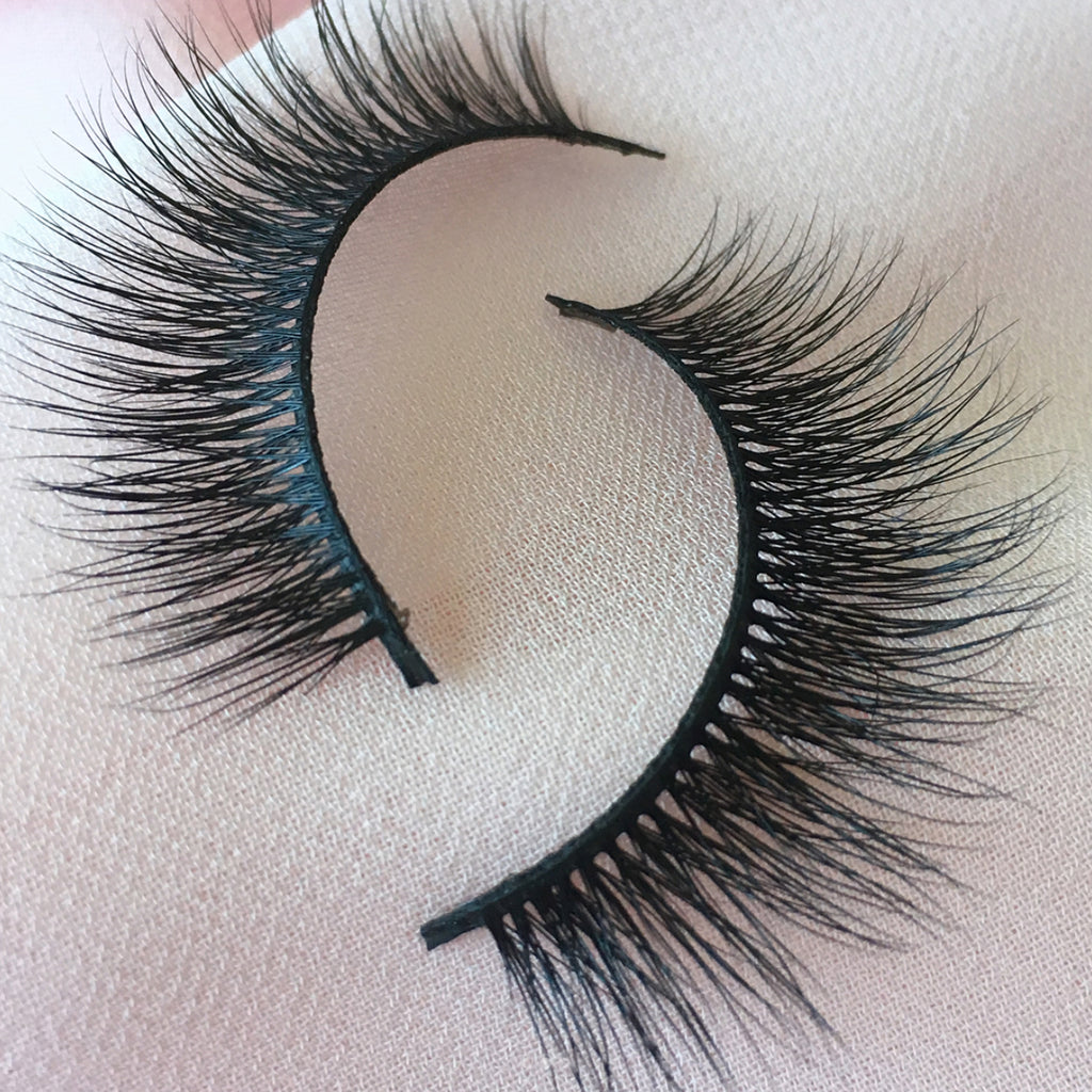 [Best Handmade False Eyelashes Online] - Dark Swan of Denmark