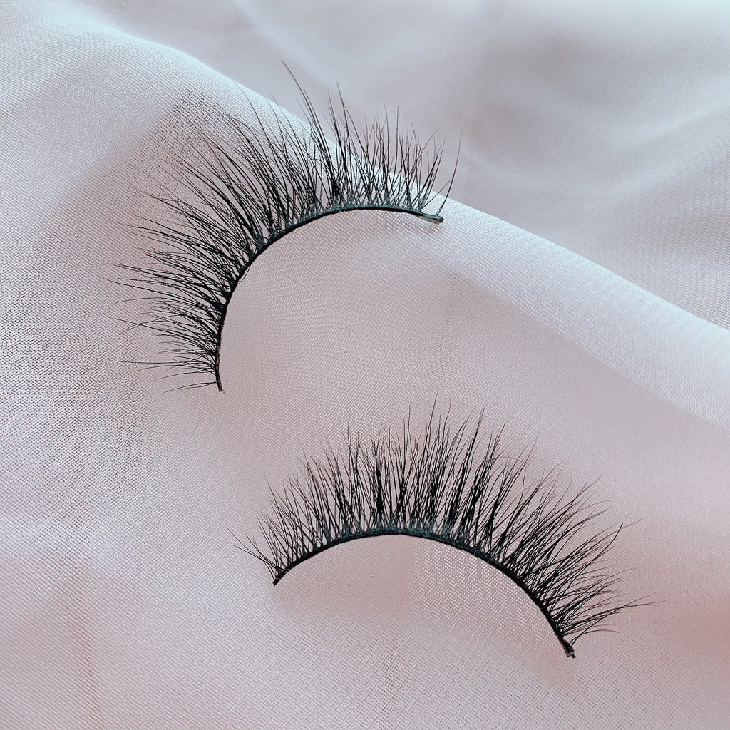 Sin mink lashes by Dark Swan of Denmark