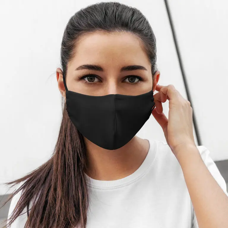 Reusable face mask // triple layer with PM2.5 carbon filter