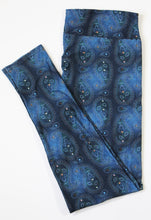 Load image into Gallery viewer, Denim Paisley full length legging with pockets