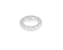 6.08ct 18kt White Gold Cushion Cut Diamond Band