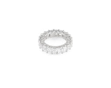 9.72ct 18kt White Gold Emerald Cut Diamond Band