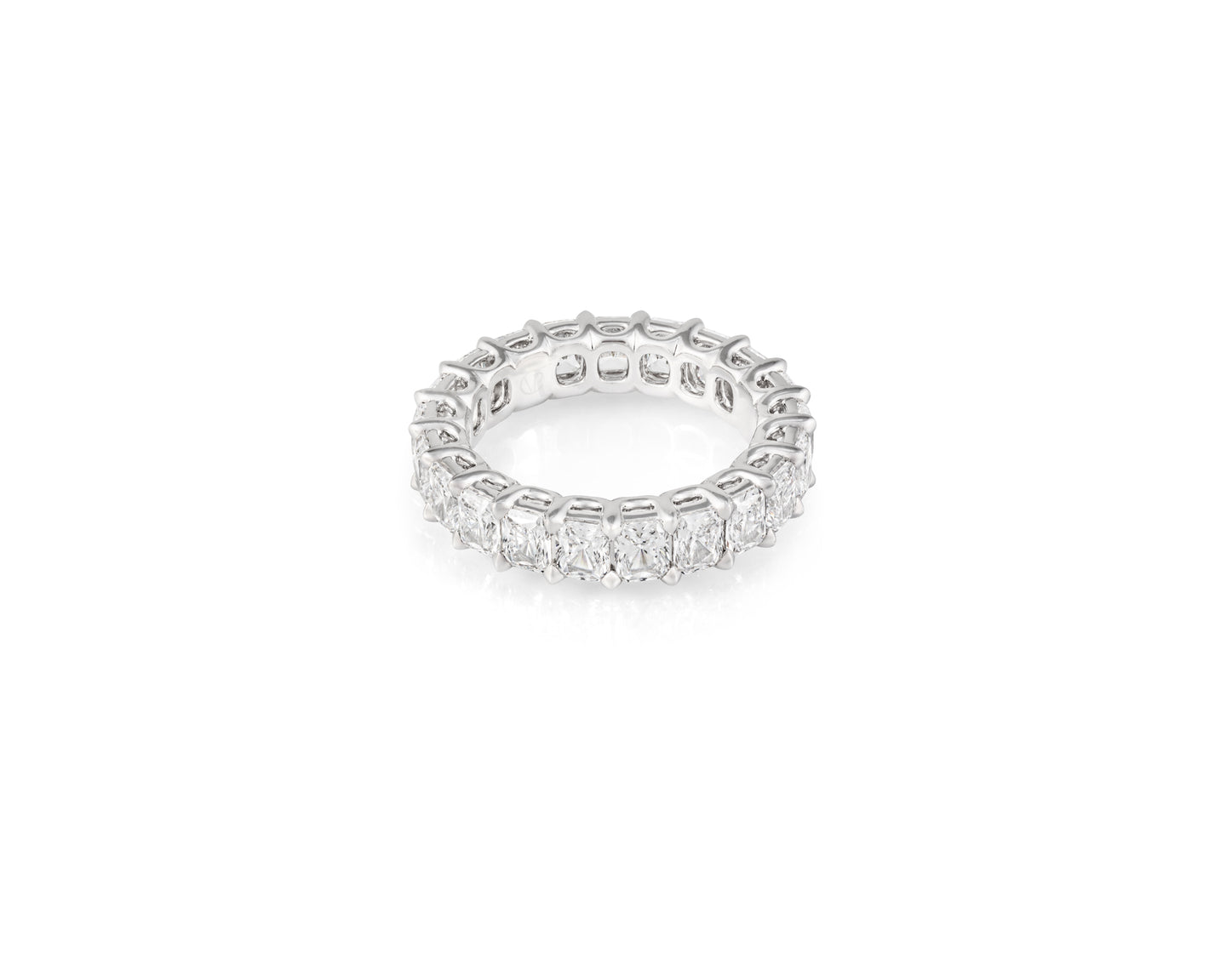 6.8ct 18kt White Gold Radiant Cut Diamond Band