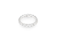 3.89ct 18kt White Gold Cushion Cut Diamond Band