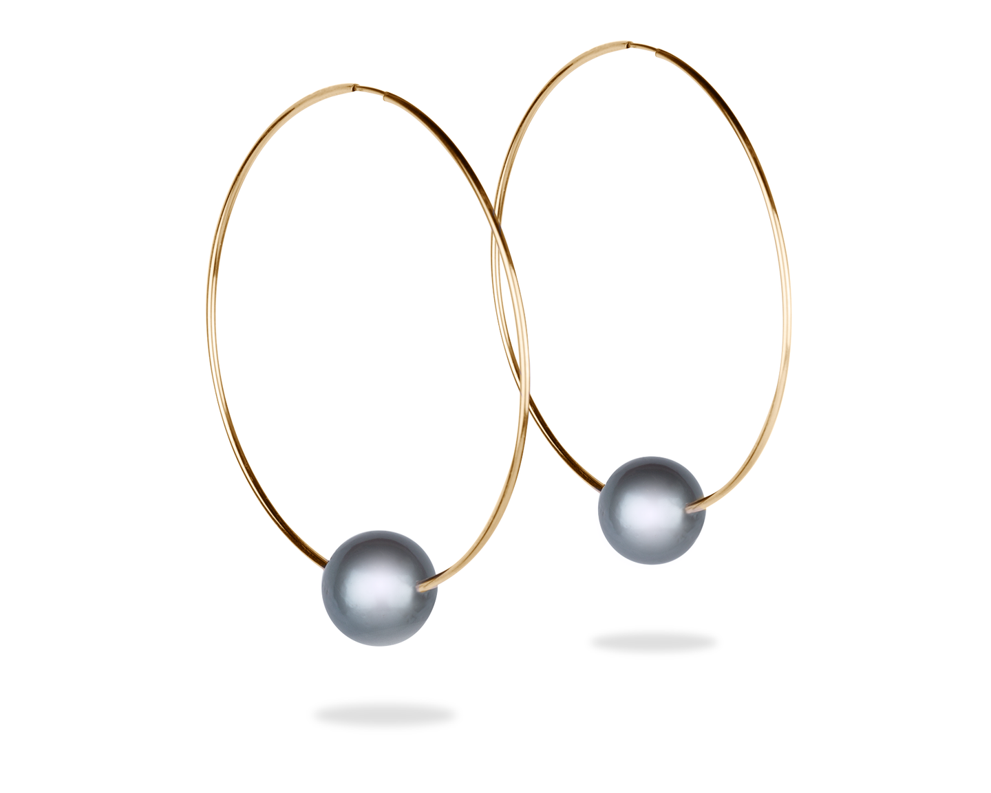 gold hoop earrings with black tahitian pearl