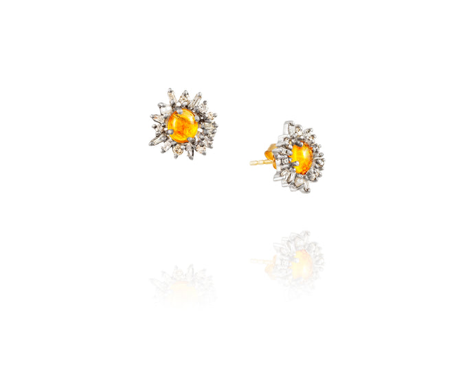 .95ct Opal Stud Earrings