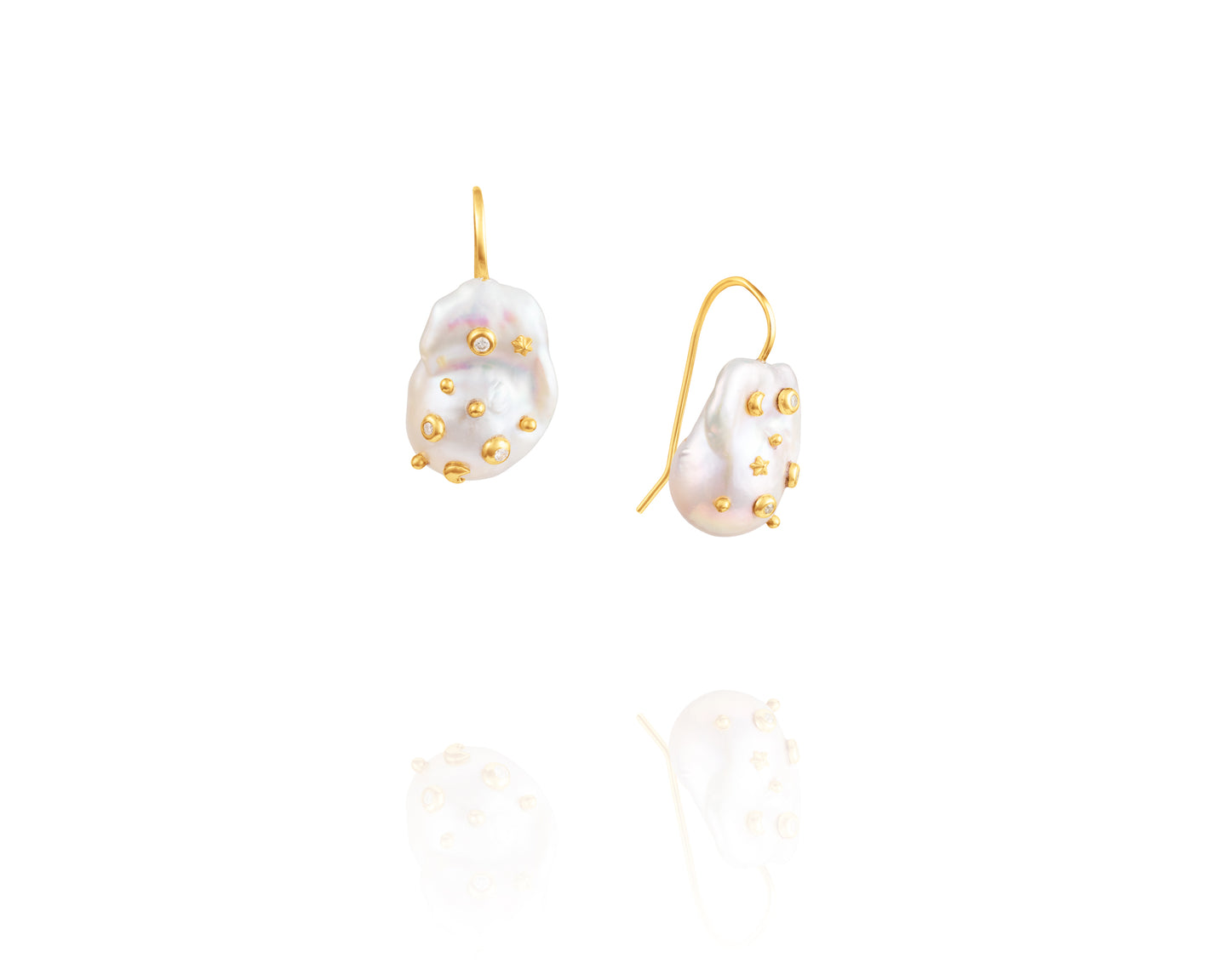 Baroque Pearl Camelot Earrings