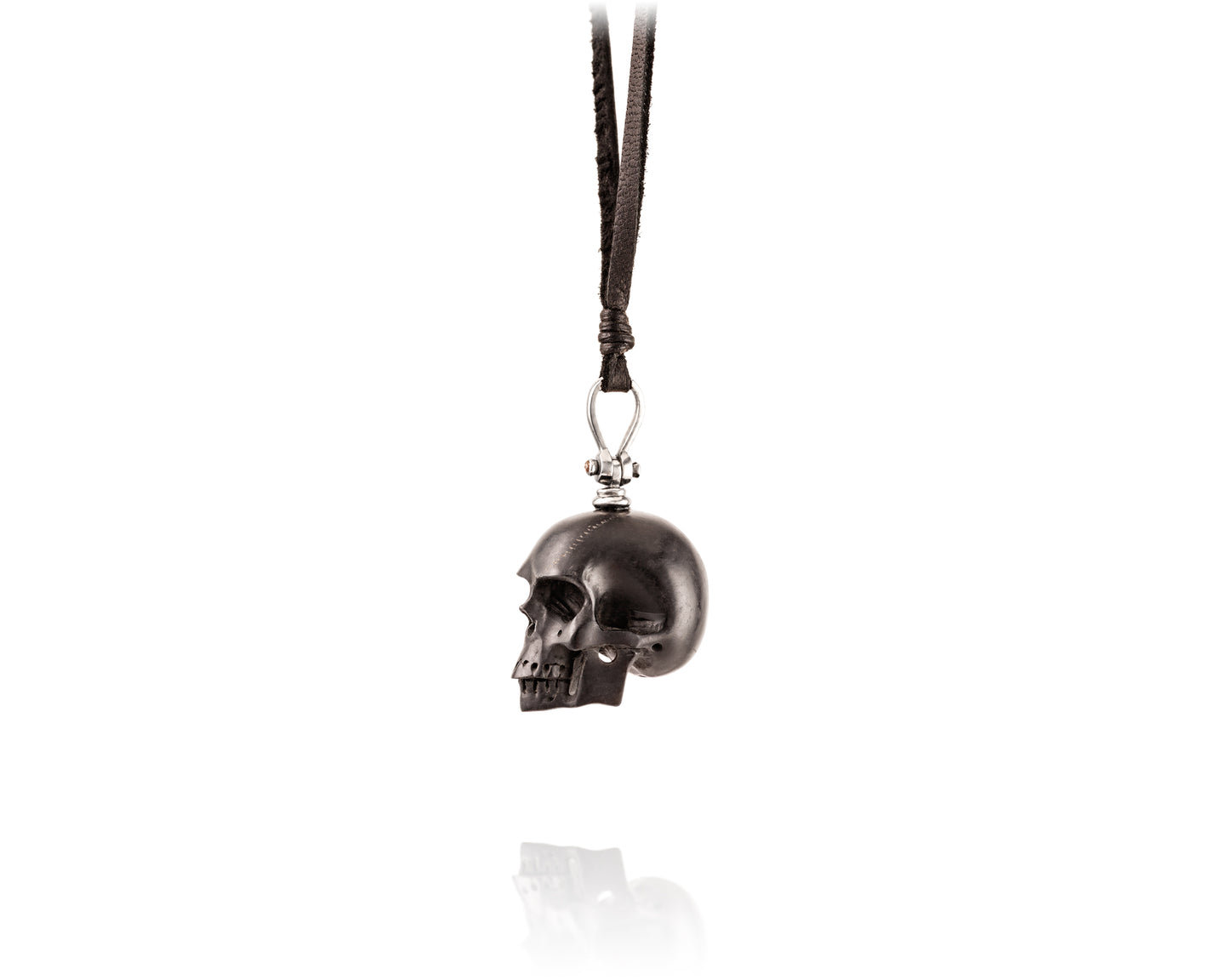 Carved Jet Skull Lariat Black Designer Pearl And Leather Jewelry Vincent Peach