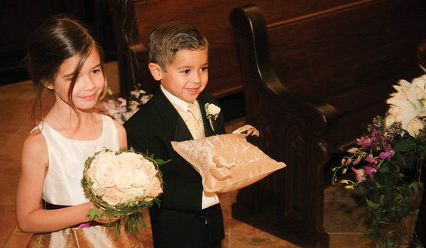 10 Really Cool Flower Ideas for Ring Bearers