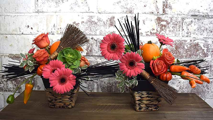 Halloween Floral Centerpiece Midnight foam | OASIS Floral Products