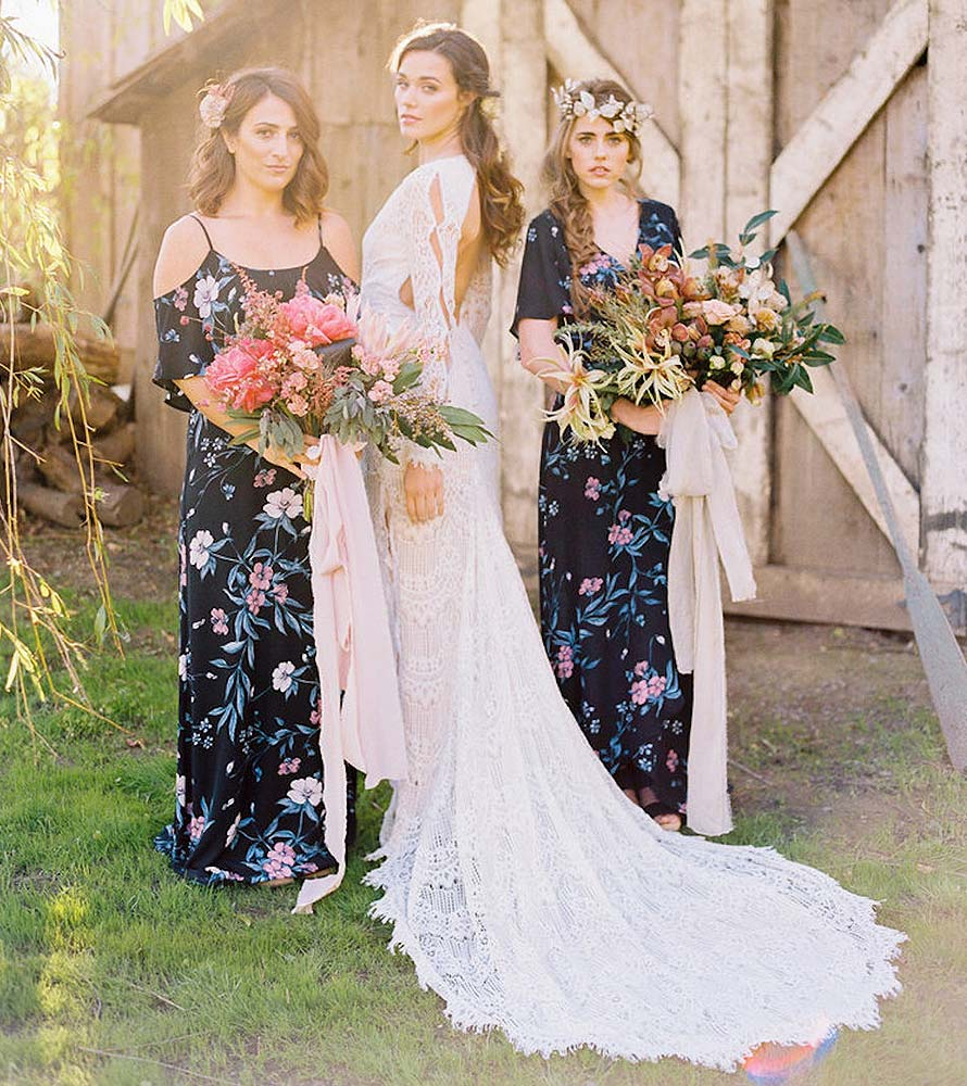 Circle ceremony floral wedding event designs pampas grass | Oasis Floral Products