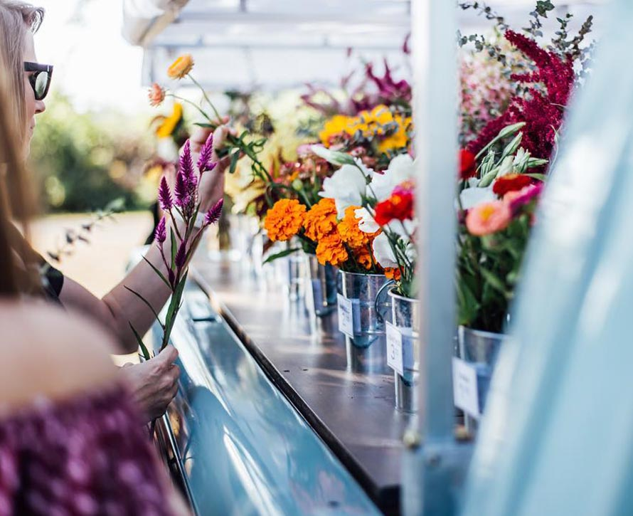 Flower trucks | Oasis Floral Products