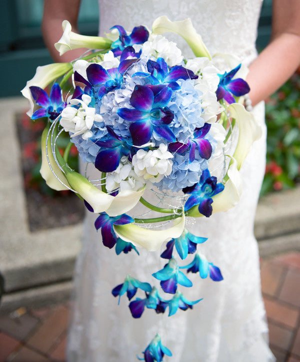 Cascading wedding bouquet OASIS Floral Products Inspire Showcase most inspirational design