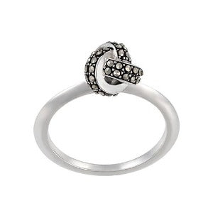 Classic Knot Ring: The Stardust Pavé Jewelry Collection