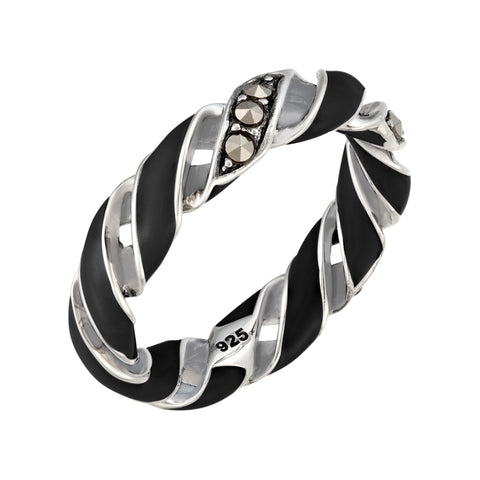 Medium Reef Ribbon Ring: The Stardust Pavé Jewelry Collection