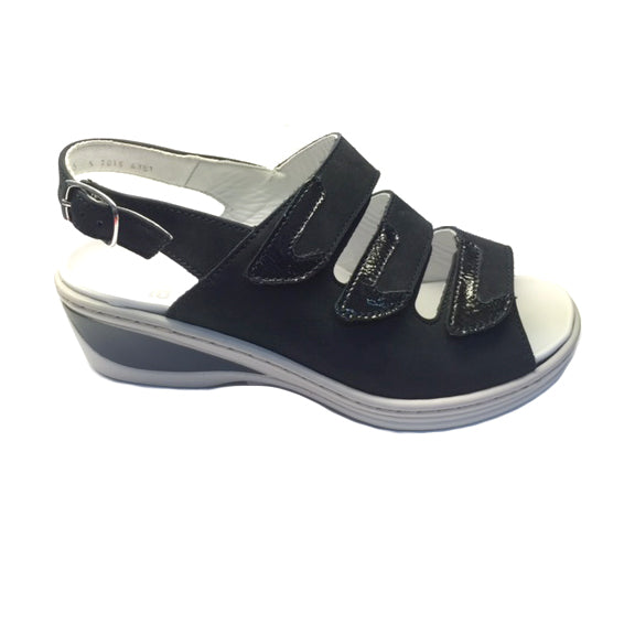 ARA COLMAR 3-STRAP WITH REMOVABLE INSOLE