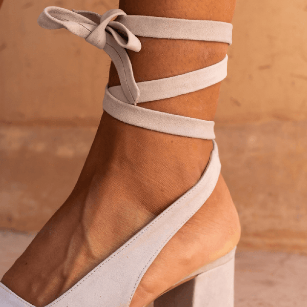 Fashion Versatile Lace-Up Sandals