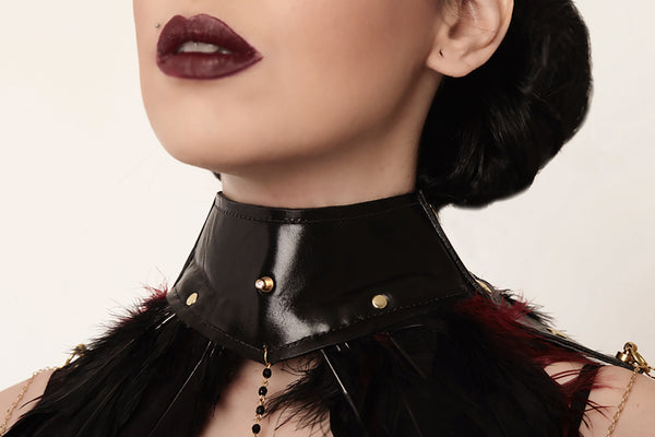 Santa Feather Leather Collar
