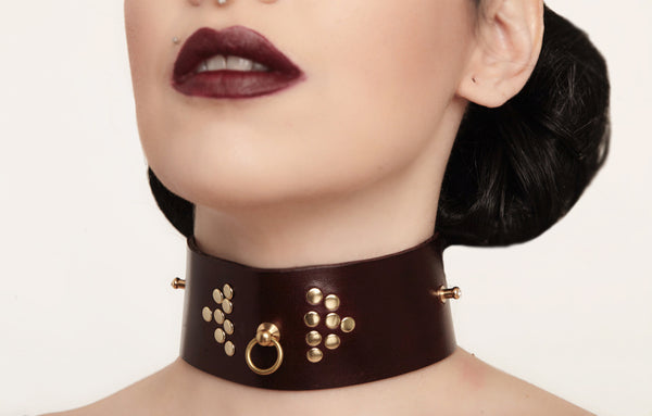 Lara Leather Collar