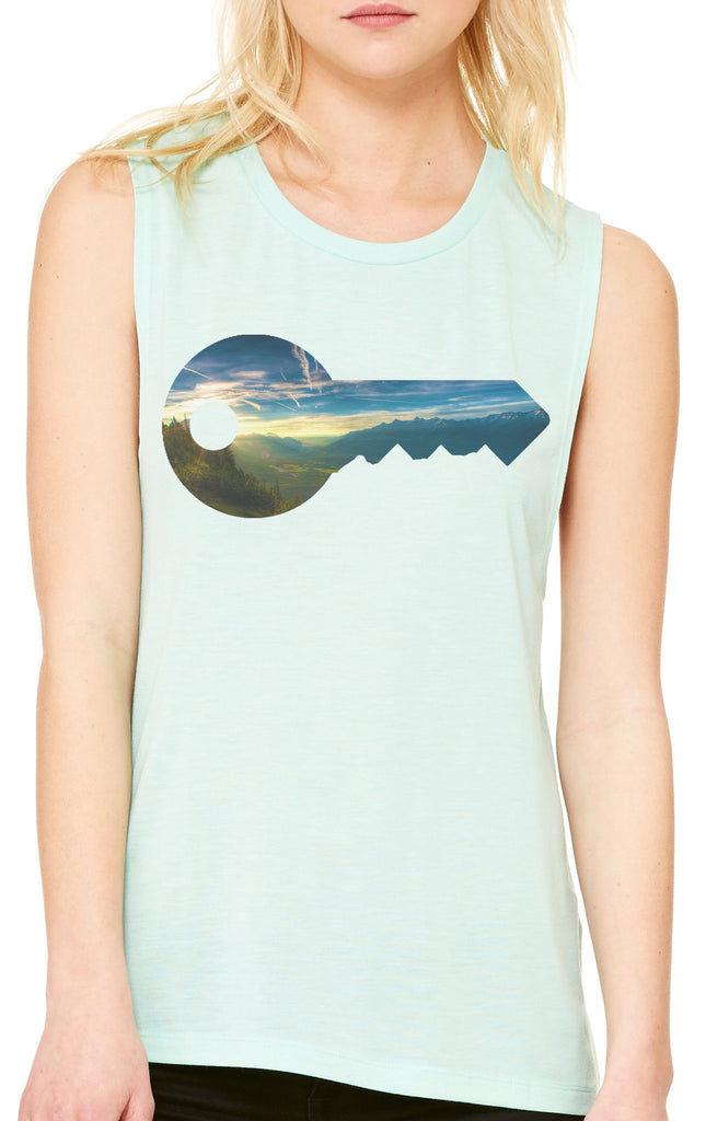 Key to the World Muscle Tank