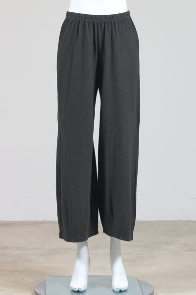 Cut Loose Cropped Pants with Darts