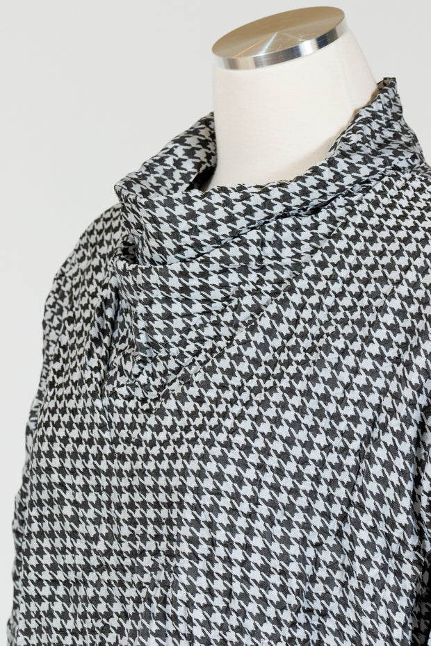 Chalet Tatiana Top (Crushed Houndstooth)