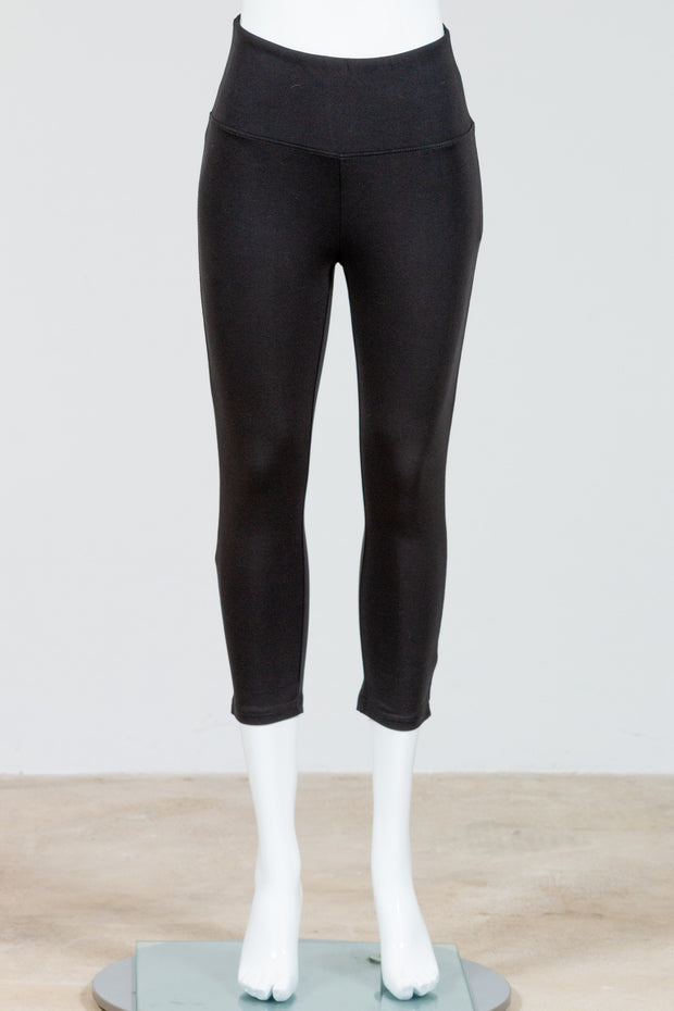 Tribal Flatten it Legging (Capri) {Black}