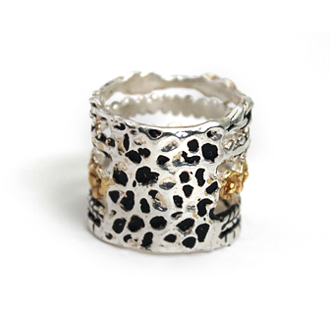 two tone stacking skull band ring