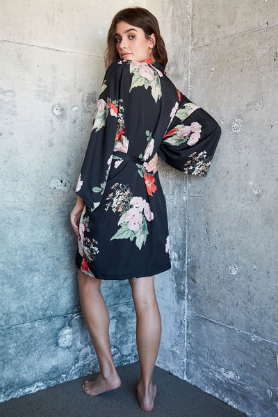 Audrey Short Robe - Black Floral