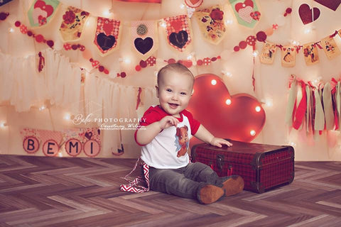 Love Lights Photo Backdrop
