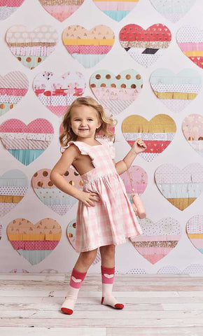 Fringed Hearts Photo Backdrop