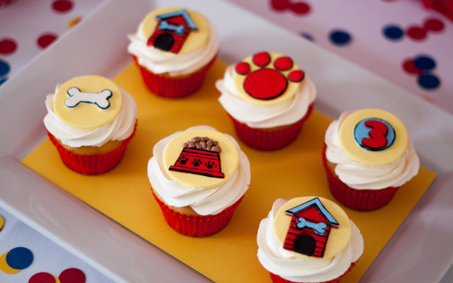 Clifford The Big Red Dog Cupcake Toppers by Edible Details
