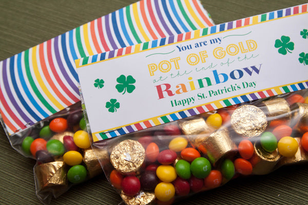 St. Patrick's Day Treat Bags - FREE Printables by Tickled Peach Studio