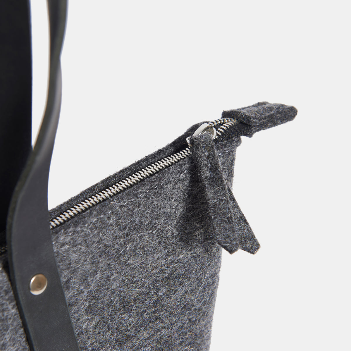 Wool Felt Tote Bag + Zip - RYAN London